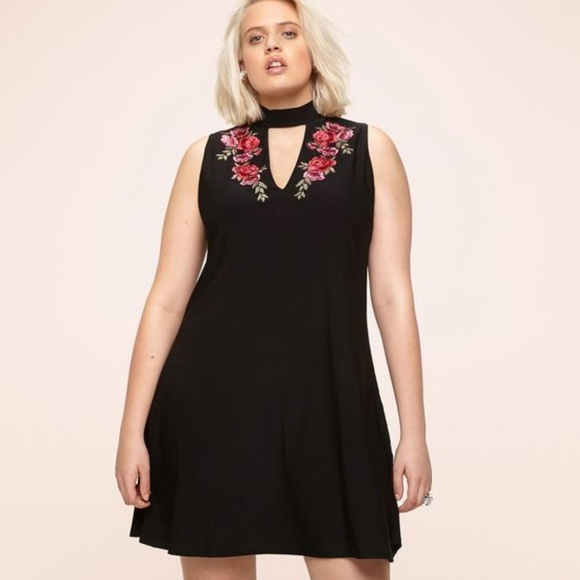 a679fac2526a Plus Size Loralette Choker Dress 2X Embroidered